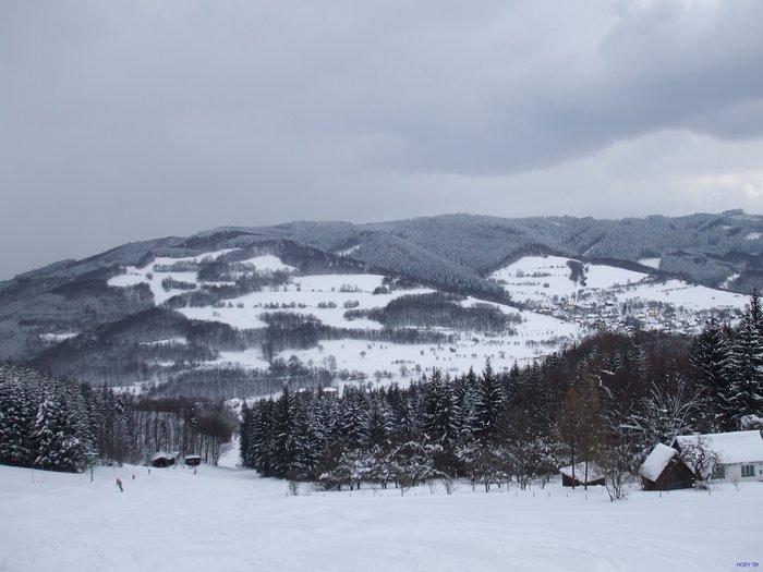 Zimní pohled na obec